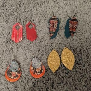 Bundle of 4 leather earrings